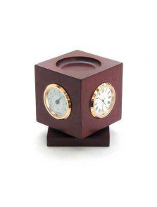 Zegar + higrometr + termometr na obrotowej podstawie.