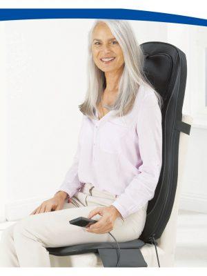 SHIATSU - TRADYCYJNA WSCHODNIA METODA MASAŻU: - poprawia krążenie - przywraca równowagę energetyczną i siły witalne - rozluźnia i wzmacnia mięśnie redukując tym dolegliwości kręgosłupa - wpływa relaksująco na stan psychiczny zmęczonego stresem organizmu Włączając dodatkowo ogrzewanie masujących rolek, w których zainstalowane są promienniki podczerwieni, odczuwamy podczas masażu miłe ciepło, które pozwala dodatkowo pozbyć się sztywności i napięcia mięśni. DODATKOWO MATA UMOŻLIWIA TAKŻE MASAŻ WIBRACYJNY W SIEDZISKU Silniczki wibracyjne umieszczone w poduszce pobudzają mięśnie, mając jednocześnie pozytywny wpływ na metabolizm. Poprzez wspomaganie krążenia pod wpływem wibracji uzyskujemy: - przyspieszanie procesów metabolicznych, - poprawę funkcjonowania wewnętrznych organów, a także dotlenienie i poprawę wyglądu skóry, - obniżenie napięcia mięśniowego, - normalizację napięcie tkanek. - poprawę ogólnej sprawności organizmu - niwelację celulitu